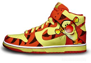 Tigger_nike_dunks_by_becauseimjay-d2zu37k